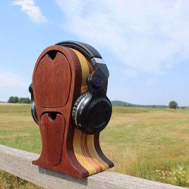 Kopfhörerständer aus Mahagoni, Robinie und Multiplex