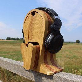 Kopfhörerständer aus Robinie und Multiplex