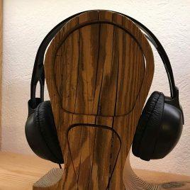 Kopfhörerständer aus altem Fichtem-Holz