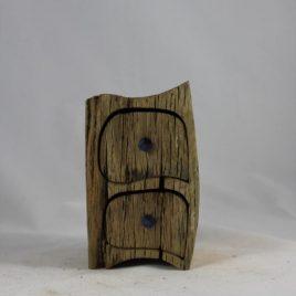 Holzkästchen aus recycelter Eiche mit zwei Schüben