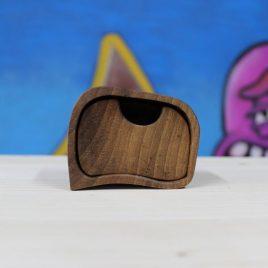 Kästchen aus Nussbaum mit einem Schub