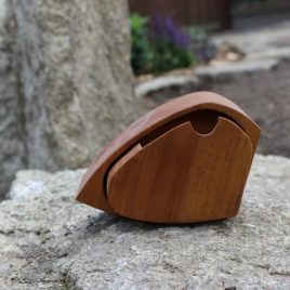 Kästchen aus Birnen-Holz