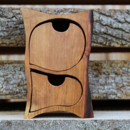 Kästchen aus Birne mit Geheimfach