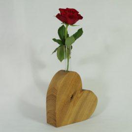 """Vase """"Herz"""" aus Robinie"""