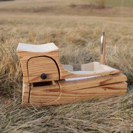 Zettelbox aus 200 Jahre alter Fichte
